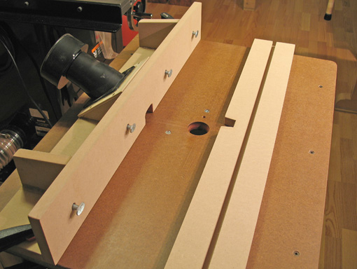 Heartwood blog archive the router table how to keep it simple the fence keyboard keysfo Choice Image