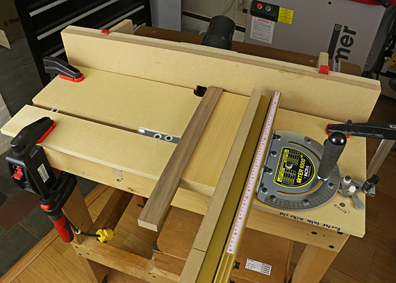 router table miter slot